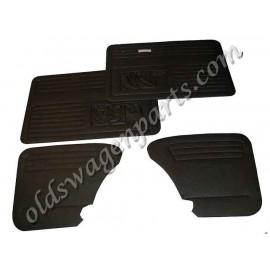 set de 4 panneaux de porte noirs avec vide poche 65-66 TMI