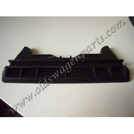 grille de ventilation de pare brise centrale tous modèles 8/67-